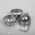 Zaparzacz metalowy jajko z podstawką