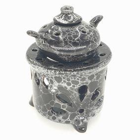 Porcelanowy kominek aromaterapeutyczny